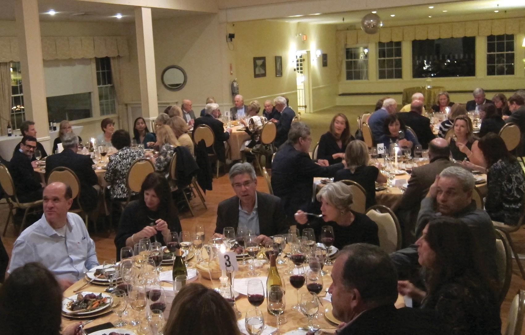 Garden City Casino hosts Wine Tasting Event | Garden City News